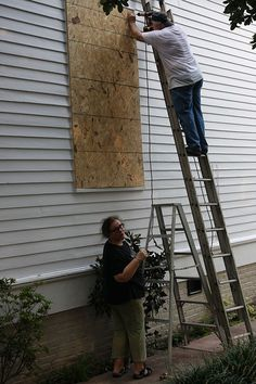 Hurricane Preparation: How to Board Up Your Windows Like a Pro Ready Nutrition