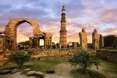 10 Iconic Attractions and Places to Visit in Delhi