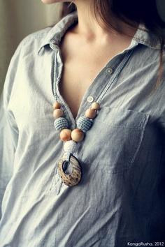 Organic Nursing necklace with coconut ring pendant by kangarusha