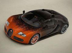Veyron Grand Sport es uno de los coches más potentes y veloces, y se trata de una unidad única, ya que su decoración de carrocería y de paneles de las puertas son diseñadas matemáticamente con fórmulas incluyendo algunos elementos interiores.A nivel mecánico hablamos de un motor V8 W 16 que corren 1.199 CV de potencia (el motor no es algo nuevo), lo nuevo es la exclusividad en la estética, la combinación de colores es impresionante con un color marrón – naranja en la carroceria