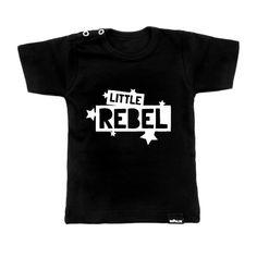 vanPauline stoer kindershirt little rebel in zwart. 100% biokatoen met stoere print voor je baby of peuter. Monochrome kinderkleding.