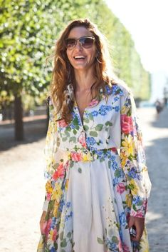 long sleeve dress + florals = <3