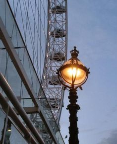 London Eye Photo - The London Eye, London, England. Thanks http://photos.igougo.com