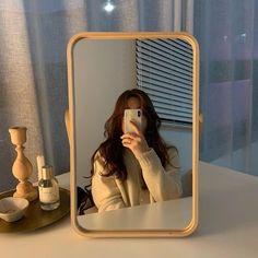 Image about girl in Beauty by xlovely_bambi on We Heart It – Spiegel Beige Aesthetic, Korean Aesthetic, Aesthetic Rooms, Aesthetic Photo, Aesthetic Girl, Aesthetic Pictures, Japanese Aesthetic, Uzzlang Girl, Instagram Pose
