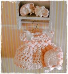 Miniature Crocheted Baby Clothes Applique By Thewannabecrafter