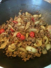 Credit : http://vicki-kitchen.blogspot.com This curry is so quick to make you can have dinner on the table in ...