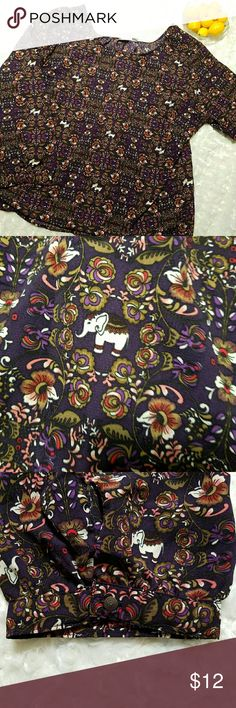 "🍋Beautiful Elephant Top🍋 Deep purple tunic wire flowers and elephants. So pretty! EUC   Measures: Pit to pit-29"" Seam at hips 32"" across lying flat Length down back- 25"" Cato Tops"