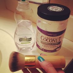The best beauty secret weapon: Organic Coconut Oil!  For gorgeous hair, skin, nails, makeup remover, and more! Click here to learn how to transform your body from head to toe with this product.  Www.thebellabunny.com