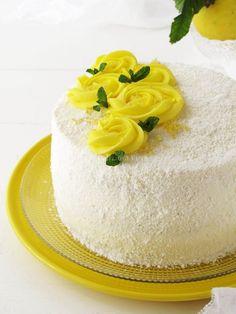 Coconunt lemon cake