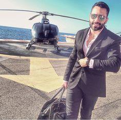 Suits Gentleman's Essentials Dapper Gentleman, Gentleman Style, Men Warehouse, James Bond Style, Its A Mans World, Bespoke Tailoring, Business Fashion, Business Style, Fashion Updates