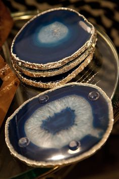 Agate coasters with a gold edge and clear rubber nubs Cool Coasters, Agate Coasters, Color Pallets, Nest, Home Improvement, Rings For Men, Arts And Crafts, House Design, Cool Stuff