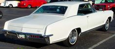 This 65 Riviera looks just like my first Riv. I loved that car. Today the 1965 Buick Riviera in white with black deluxe interior(fully  optioned of course),is my all time favorite car.