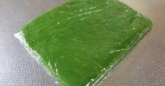 ミルキーで少しほろ苦い抹茶シートです。折り込むと抹茶の緑がとても綺麗で私の大好きなシートです。(^-^)