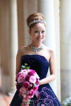 afc593c60c2c7 アップスタイルは上品で高貴な印象♡パープルのドレスにはぴったりの
