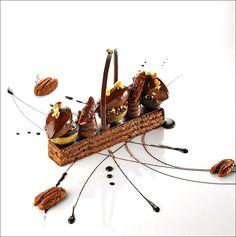 Je sens que tous les gourmands du monde vont se réveiller et réagir ! ;) (Le grand cru Taïnori - Château Saint-Martin & Spa) > Photo à aimer et à partager ! ;) . L'art de dresser et présenter une assiette comme un chef de la gastronomie... http://www.facebook.com/VisionsGourmandes . #gastronomie #gastronomy #chef #recette #cuisine #food #visionsgourmandes #dressage #assiette #art #photo #design #foodstyle #foodart #recipes #designculinaire #culinaire #artculinaire #foodstyling) #presentation