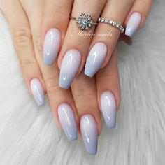 wedding nail designs for brides, nails with glitter, nails for wedding guest , glitter nail designs , nail trends 2020 Romantic Nails, Elegant Nails, Stylish Nails, Bella Nails, Gel Nail Art Designs, Gel Nagel Design, Nagellack Trends, Bride Nails, Wedding Nails Design