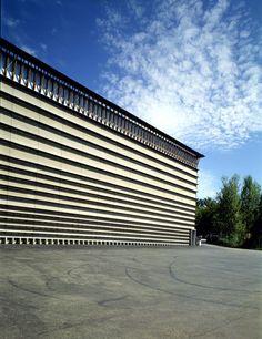 Herzog & de Meuron . Ricola Storage Building . Laufen (1)