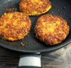 Veganmisjonen: Superenkle middagskaker av kikerter