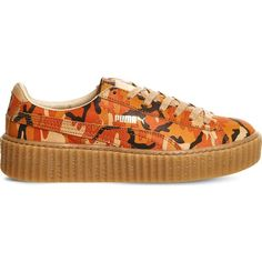PUMA Camo-print leather creepers ($125) ❤ liked on Polyvore featuring shoes, rihanna orange camo, genuine leather shoes, camouflage shoes, camo shoes, leather lace up shoes and rubber sole shoes