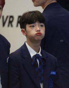 Love U Forever, Ulzzang Boy, Korean Outfits, One In A Million, Kpop Boy, Handsome Boys, Boyfriend Material, Cute Guys, Pretty Boys