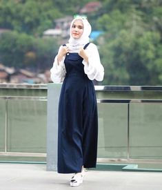 Modest Fashion Hijab, Casual Hijab Outfit, Muslim Fashion, Fashion Dresses, Hijab Style, Hijab Chic, Modele Hijab, Outfit Look, Maxi Styles