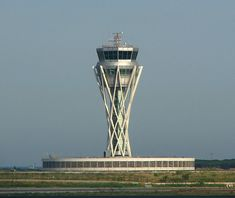 Spanish Architecture, Architecture Design, Paros, Airport Control Tower, Airport Design, Aviation World, Air Traffic Control, Water Tower, Master Plan
