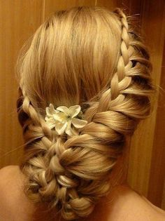 Wedding Hairstyles ~ Braided up~do #Peinados de novia