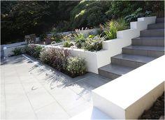 Nina Baxter - Garden Design. Leading garden designer in Beckenham, Chislehurst, Bromley, London and Kent.