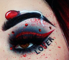 There's one trend we've spotted for Halloween Pennywise clown makeup. Get inspiration for your costumes with the examples featured here. Edgy Makeup, Gothic Makeup, Eye Makeup Art, Crazy Makeup, Eyeshadow Makeup, Pretty Makeup, Crazy Eyeshadow, Makeup Eyes, Halloween Makeup Clown