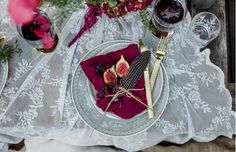 Pure Inspiration for weddings and relationships. Wedding Table Settings, Banquet, Newlyweds, Wedding Bouquets, Wedding Styles, Bohemian, Relationship, Pure Products, Party