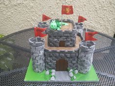 King of the castle cake