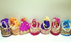 #dryfruits#potlis#ethnic#traditional#weddingseason#gifts #bridal facebook.com/1stchoicegift Trousseau Packing, Money Envelopes, Potli Bags, Ethnic, Fancy, Traditional, Facebook, Bridal, Gifts