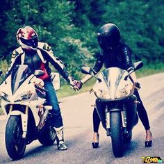 Imágenes de parejas en moto