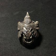 Plata de ley 925 anillo de Raven por BroncoManor en Etsy