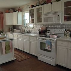Merveilleux White Kitchens With Tin Backsplash | White Kitchen, Tin Backsplash  Repainting Kitchen Cabinets, Interior