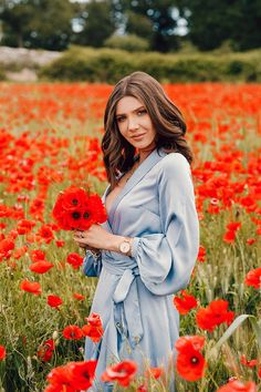 Poppy Photography, Creative Photography, Champs, Romantic Girl, Red Poppies, Female Portrait, Woman Face, Beautiful, Ideas