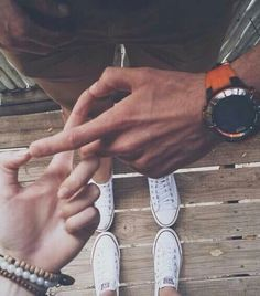 15 Parejas que me hacen maldecir mi mala suerte en el amor I have a feeling that I lost so many years with you… but then I also know that … Couple Fotos, Couple Posing, Couple Shoot, Couple Tumblr, Tumblr Couples, Tumblr Photography, Couple Photography, Photography Poses, Cute Relationship Goals