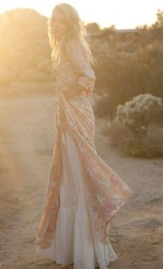 Women's Spell and the gypsy maxi gown in sundancer-blush size M Rare and unique in Clothing, Shoes, Accessories, Women's Clothing, Dresses   eBay
