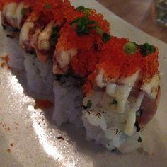 You complete me salmon belly aburi sushi #aburi #sushi #latergram #marumo #nofilter #perthfood #foodporn #foodofperth by sjbarnsey
