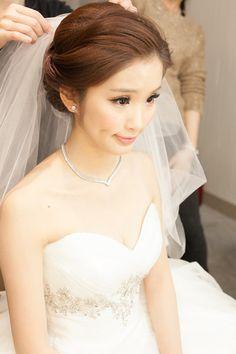 感謝新秘Saly老師,讓我成為美麗的新娘~ -第1頁-結婚經驗交流討論區-非常婚禮veryWed.com