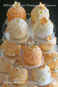 Individual Bauble Cakes