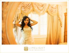 AVILA GOLF AND COUNTRY CLUB, Tampa, FL, Limelight Photography, Wedding, getting ready, bride,