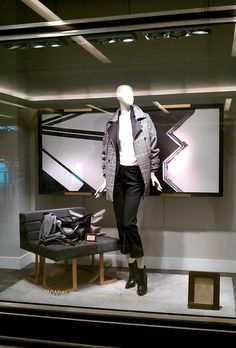 "MASSIMO DUTTI, Siam Paragon, Bangkok, ""Modern Art"", (I could do that....Yeah,but you didn;t), pinned by Ton van der Veer"