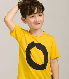 Black circle t-shirt Kids Fashion, Yellow, Fun, T Shirt, Black, Supreme T Shirt, Tee Shirt, Black People, Junior Fashion