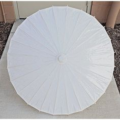 When it concerns décor, especially outdoors it's easy to make it classically comfy with Adirondack furniture. Paper Umbrellas, Umbrellas Parasols, Umbrella Decorations, Paper Decorations, Antique Fans, Adirondack Furniture, Floor Fans, Paper Light, White Wood