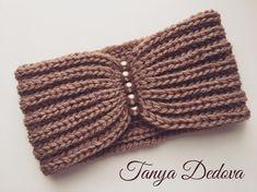 Best 12 No photo description available – Page 550987335655436484 Diy Tricot Headband, Easy Crochet Headbands, Crochet Turban, Crochet Headband Pattern, Crochet Cap, Knitted Headband, Crochet Beanie, Crochet Stitches Patterns, Knitting Patterns