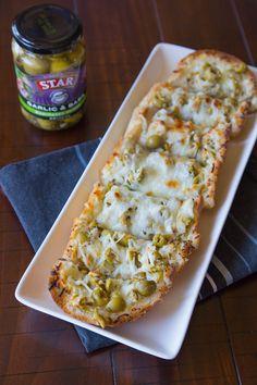 Garlic Olive Cheese Bread #STARFineFoods #STAROlives