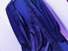 True and pretty Navy Robe and Gown set in top quality Charmeuse Liquid Satin Ready to get or give! Gown Chemise style that fall from the bodice Robe