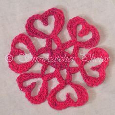 """""""Cold Heart"""" Snowflake ~ free pattern{lots of other great snowflake patterns, too}"""