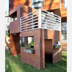 The 2Cuba outdoor playhouse by Kimball & Laura Hales can be configured in dozens of ways - side by side units, stacked, etc. This modern, modular playhouse is also eco-friendly: its materials are FSC certified, with a finish that contains little or no VOC.